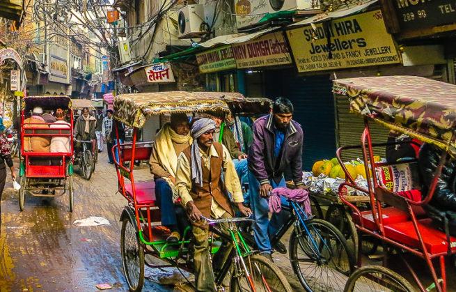 جولة في شوارع ديلهي